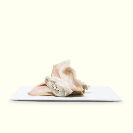 Oreja de cerdo salada, cria y producción artesana para cocido