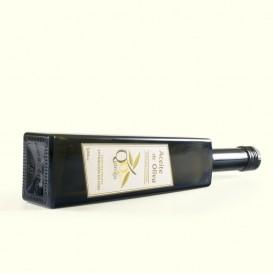 Aceite de oliva mezcla de las clásicas Picual y Arbequina con las legendarias Brava y Mansa. Tienes que probarlo.