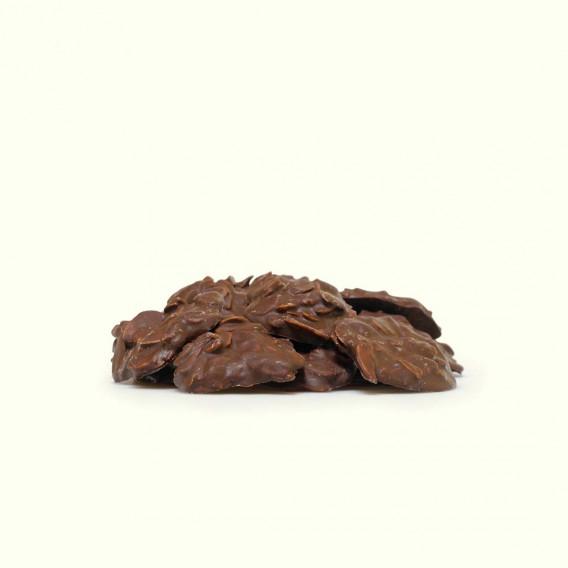 Las adictivas rochas de chocolate y almendras que hace Teresa en su obradoiro