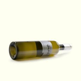 Vino blanco albariño, monovarietal de bodega familiar, cepas seleccionadas y proceso de elaboración tradicional